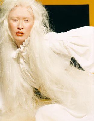 e2e54e59caa273425ea06b2142b26fb6--albino-model-blank-canvas